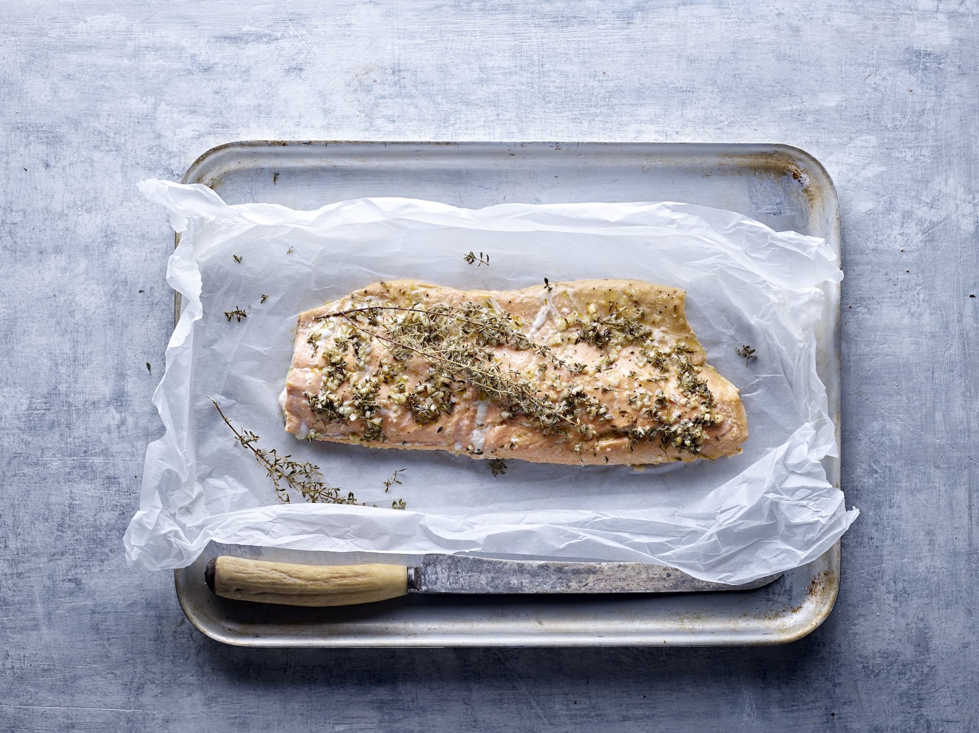 Thyme Baked Salmon with Honey & Garlic
