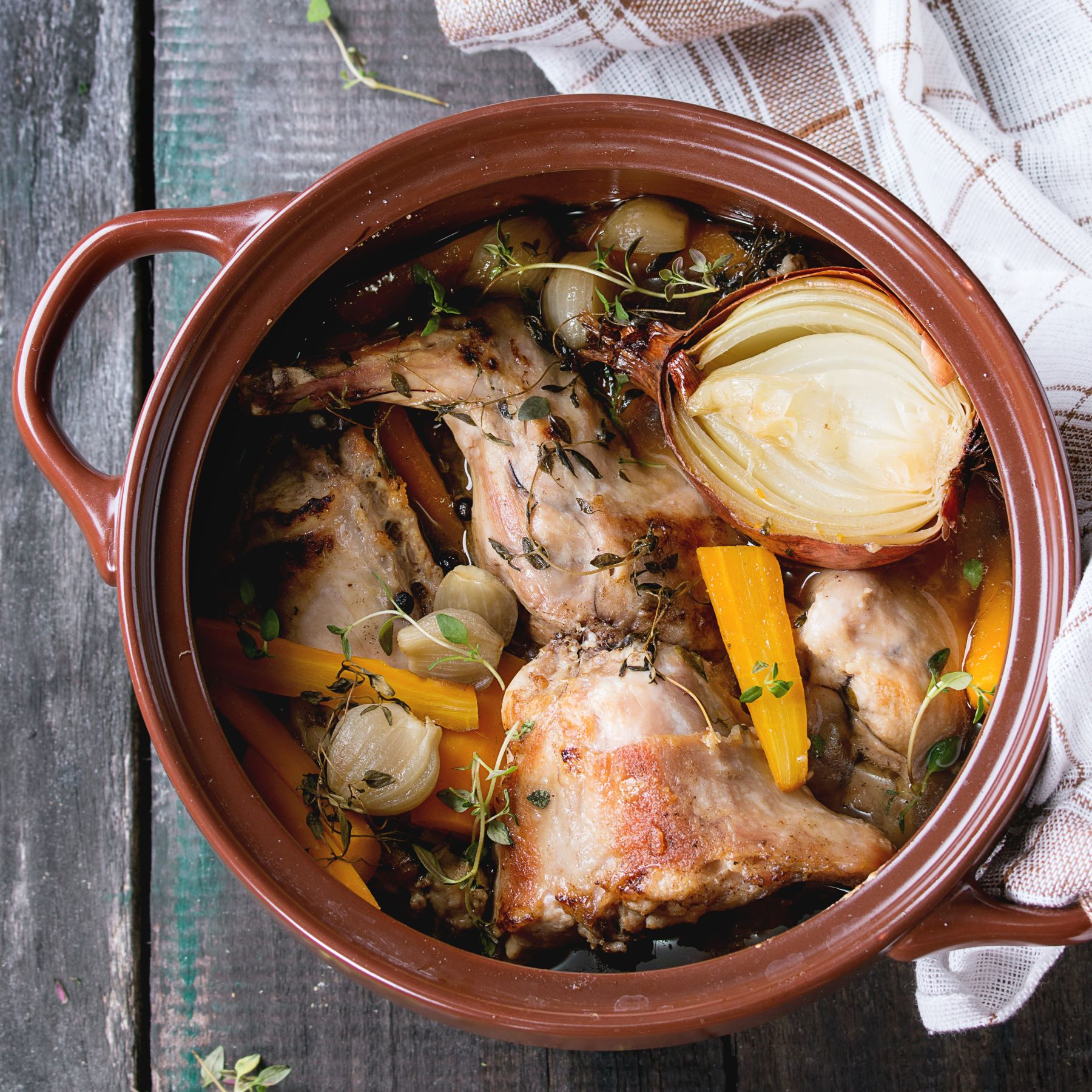 Rabbit braised with prunes and beer