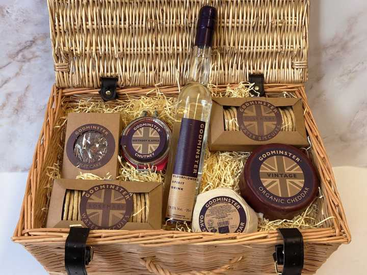 WIN GODMINSTER ORGANIC HAMPERS