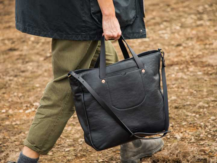 WIN A SUSTAINABLE GOAT LEATHER BAG